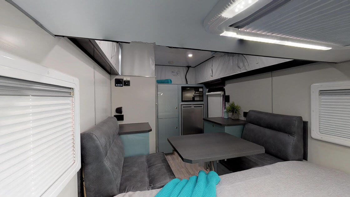 Crossfire-On-The-Move-Caravans-02162019_162937-1