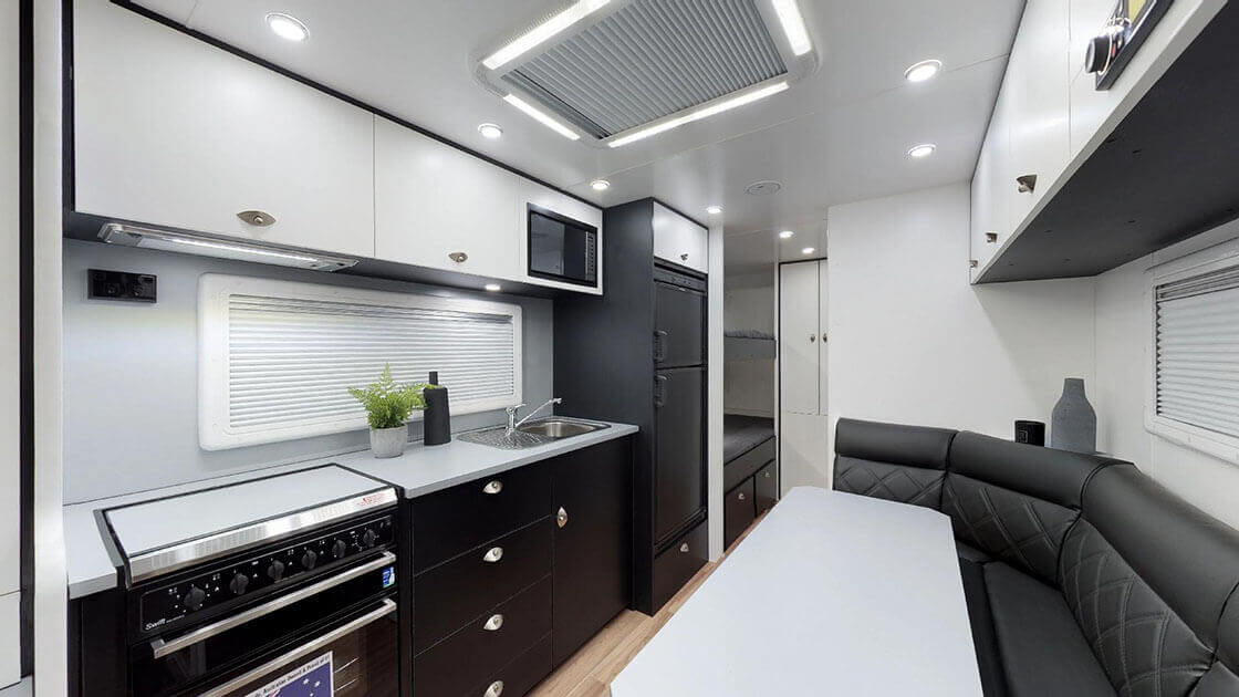 Traxx-Series-2-Family-Off-Road-On-The-Move-Caravans-02192019_011219-2