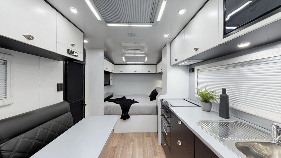 Traxx-Series-2-Family-Off-Road-On-The-Move-Caravans-02192019_011306-1