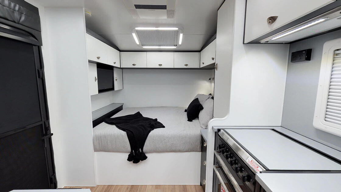 Traxx-Series-2-Family-Off-Road-On-The-Move-Caravans-07022018_161951-1