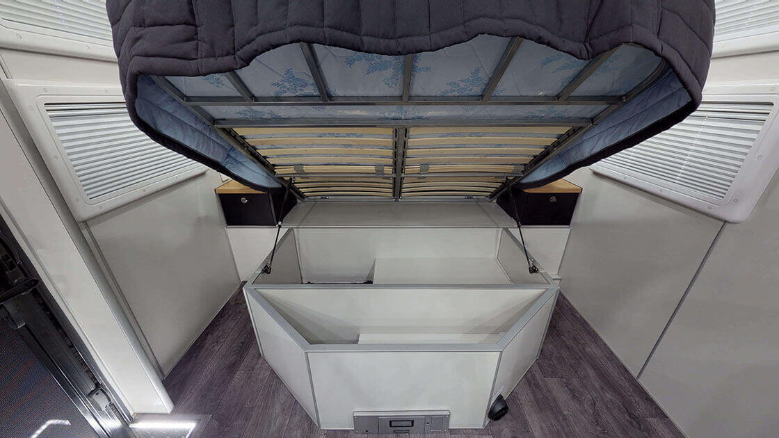 Vortex-Limited-Family-On-The-Move-Caravans-77-2-1