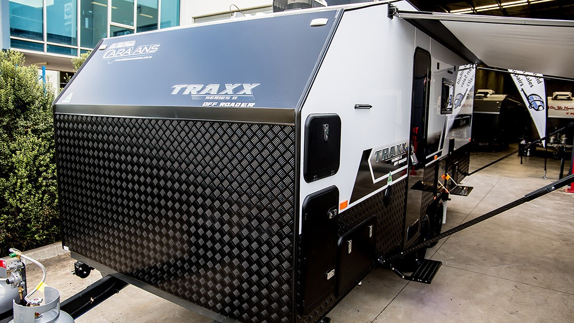 18f6-traxx-ii-family-offroad-external-photo-1