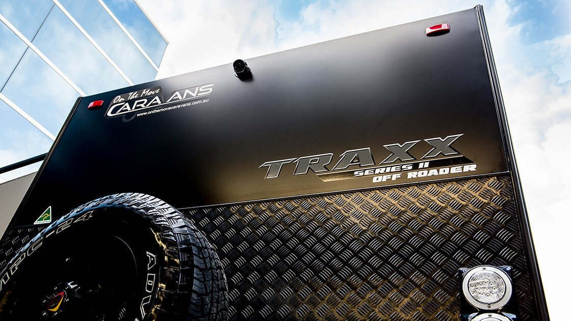 18f6-traxx-ii-family-offroad-external-photo-7