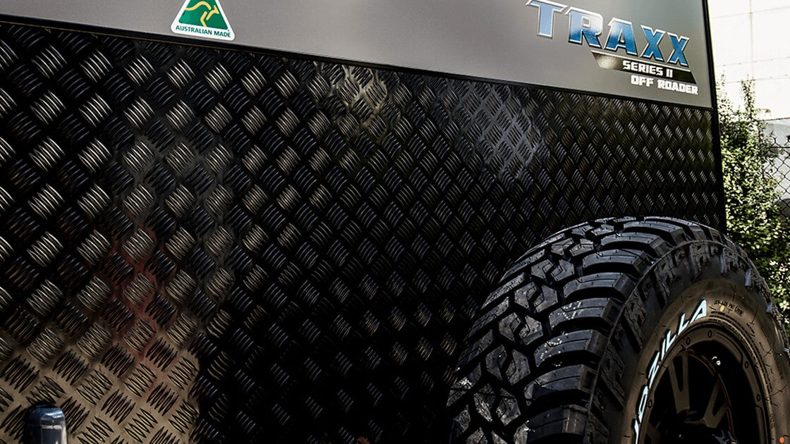 17ft-6in-traxx-series-two-off-roader-centre-door-external-photo-11