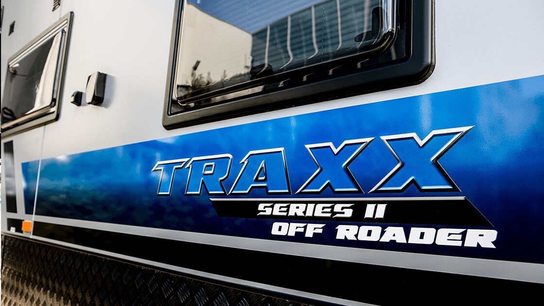 17ft-6in-traxx-series-two-off-roader-centre-door-external-photo-8